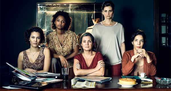 Foto do grupo de mulheres protagonistas da série