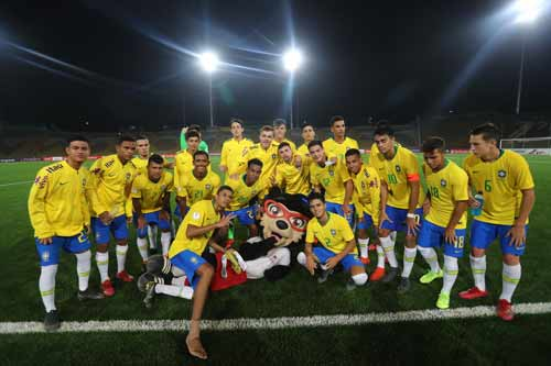 Foto dos jogadores da Seleção Brasileira Sub-17
